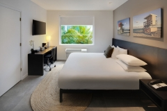 Standard-Double-Room-King-bed