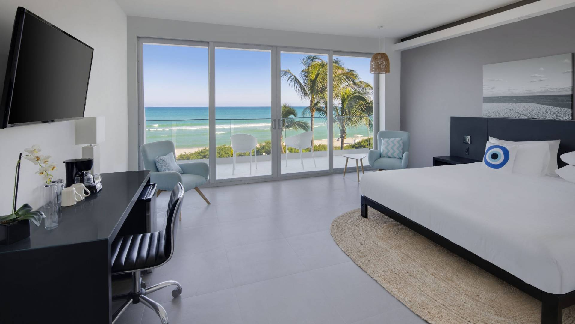 Oceanfront-King-bed-balcony-1-1